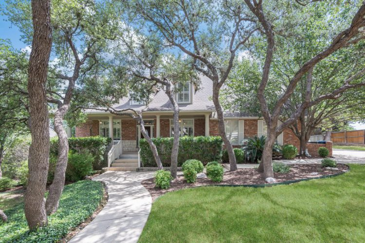 21334 Oak Ridge Ct., San Antonio, TX 78258